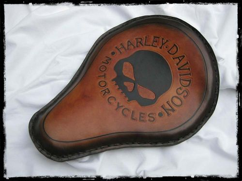 "Handmade Leather Soloseat ""HD skull brown"", Harley Davidson, Chopper, Bobber"