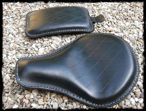 "Handmade Leather Soloseat and P-Pad Set ""diamant-black"" Harley Davidson, Chopper, Bobber"